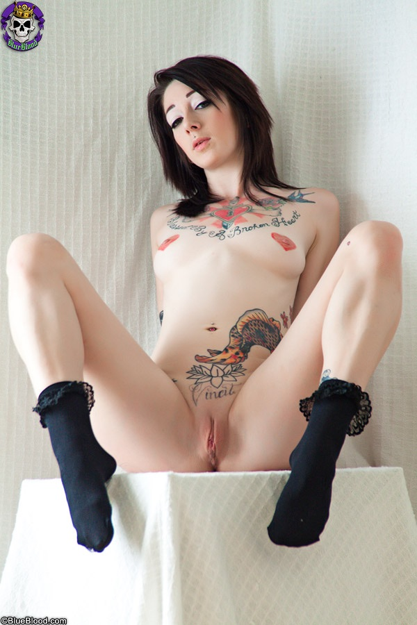 hot nude tattooed woman