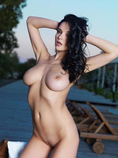 pale nude girl
