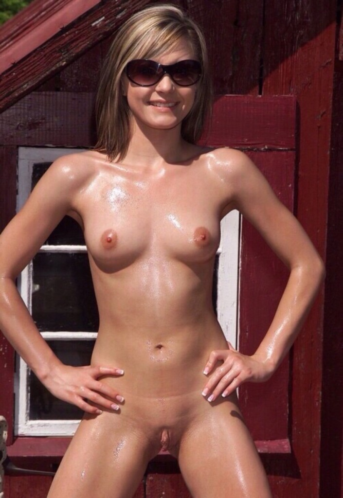 petite nude southern girl oiled up