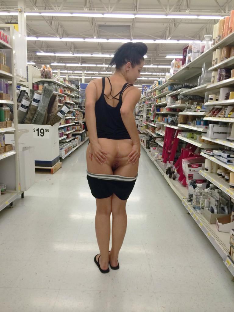 Girl fingered in supermarket