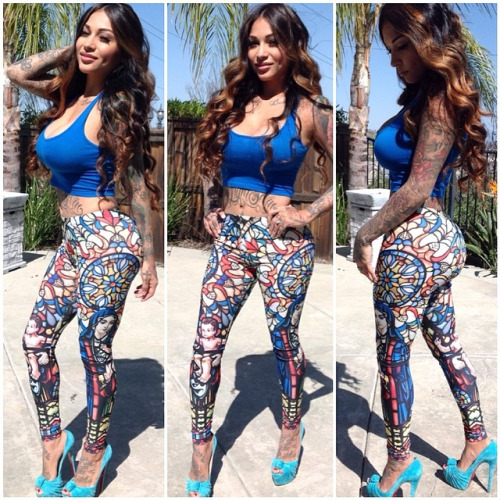 hot mixed raced tattoo babe in yoga pants