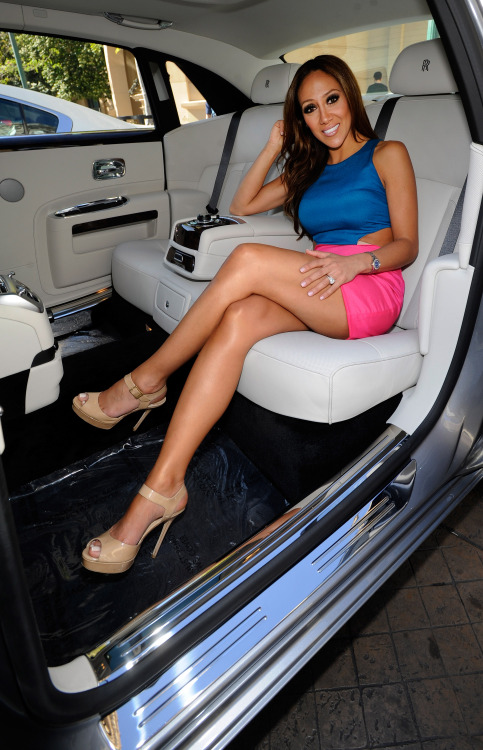 rich chick in a mini skirt
