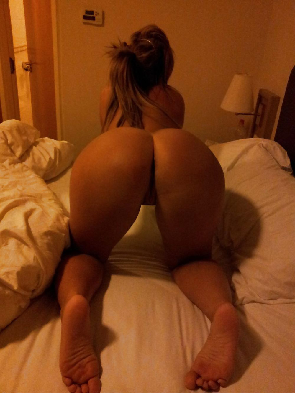 hot girl big butt naked on top