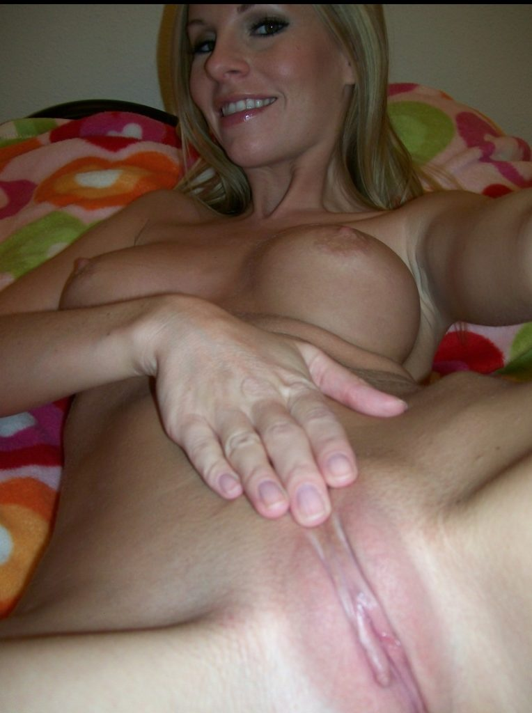 blonde milf with a pink pussy