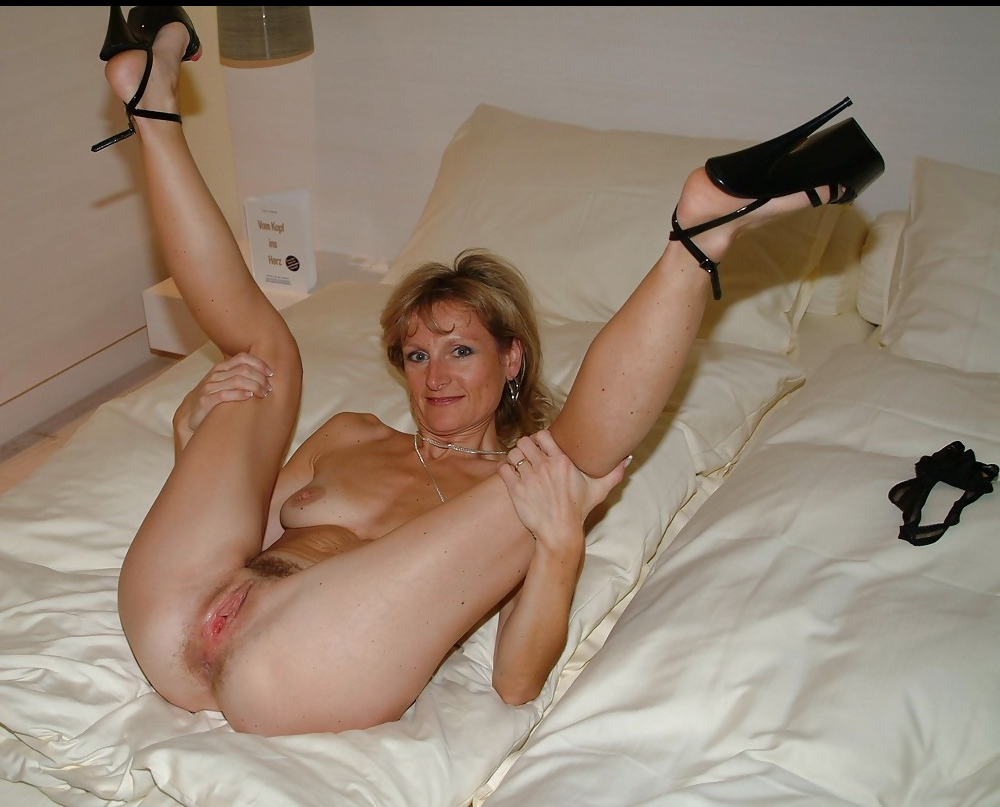 nude spread milf wearing heels