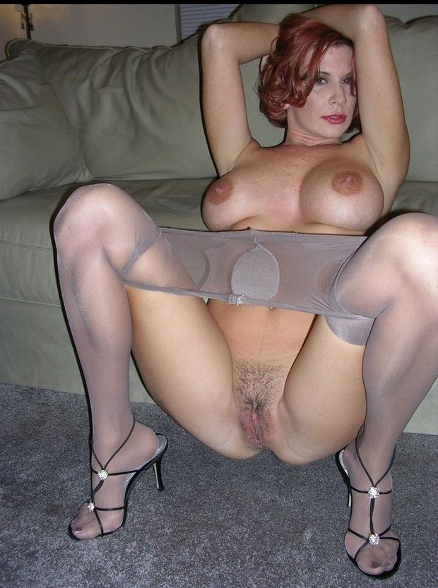 sexy red head milf in pantyhose nude