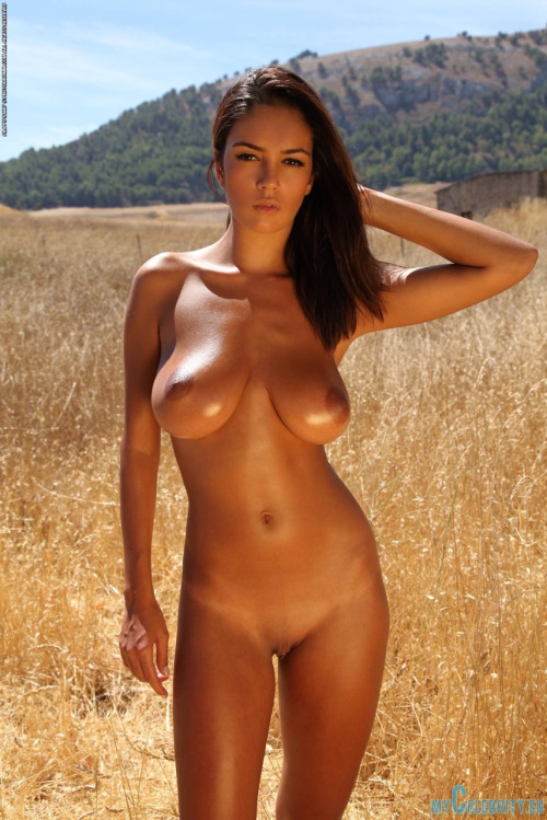 Tanned Hotties Nude 119
